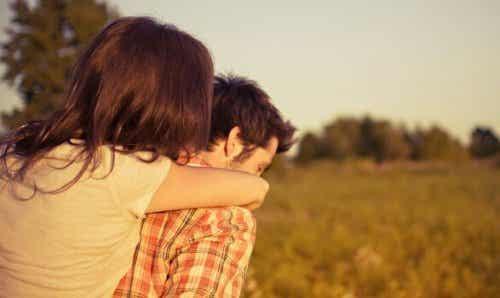 Vaikuttaako sitoutuminen parisuhteessa vapauteesi?