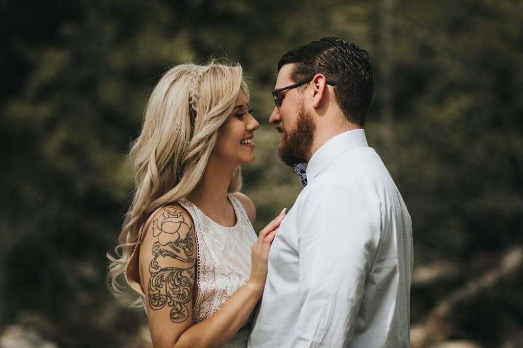 Stigmatofilia: seksuaalinen viehätys tatuointeja ja lävistyksiä kohtaan