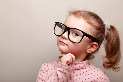 Kuinka lapset tekevät moraalisia arvioita?