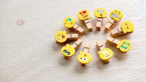 emoji-pyykkipojat