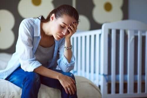väsynyt ja kiireinen äiti