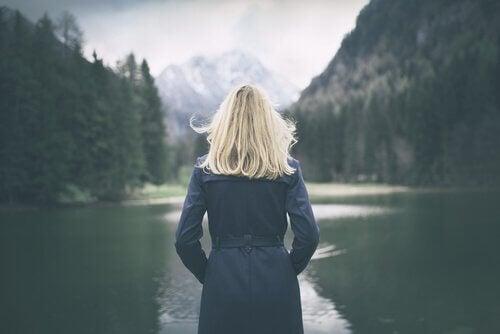 Itsetuntemuksen tie on raskas, mutta se kannattaa