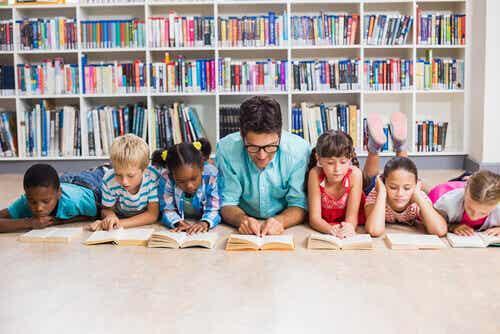 Kuinka toimia, jos luokassa on hankala oppilas?