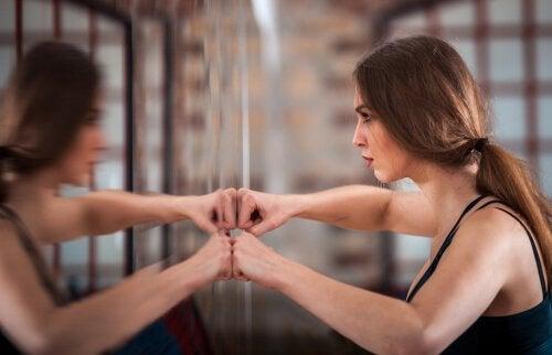 Millainen suhde sinulla on kehoosi?
