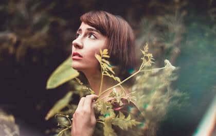 Itsekäsitys ja masennus: mikä on niiden välinen yhteys?