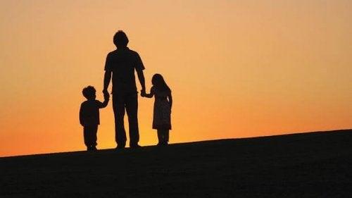 Päättivät vanhemmat sitten yksin- tai yhteishuoltajuudesta, tulisi sen aina hyödyttää ensi kädessä lapsia