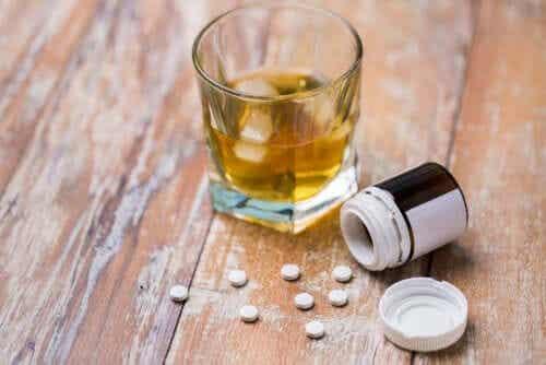 Masennuslääkkeet ja alkoholi: mitkä ovat riskit?