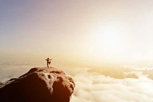 Itsepuolustus itämaisen filosofian mukaan