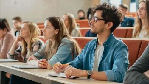 Yliopistoelämä ei ole sitä miltä vaikuttaa