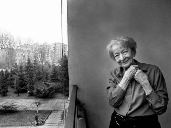 Wisława Szymborska: elämäkerta ja teokset