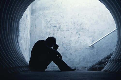 Seksuaalinen hyväksikäyttö johtaa usein masennukseen