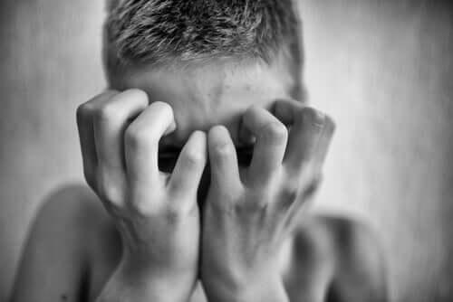 Mitä paranoia on ja miksi se on haitallista?