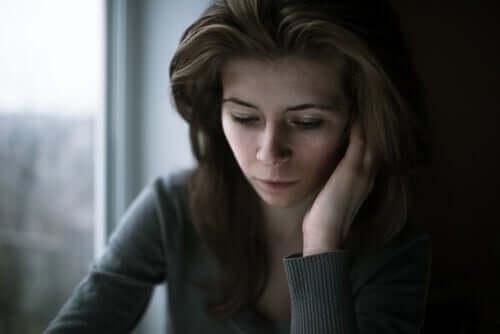 Pakko-oireisessa häiriössä on normaalia, että ihminen uskoo olevansa paha vain sen vuoksi, että hänen ajatuksensa sanovat hänelle niin