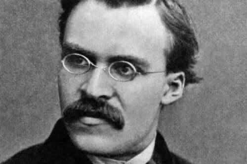 Friedrich Nietzsche oli 1800-luvun tärkeä filosofi