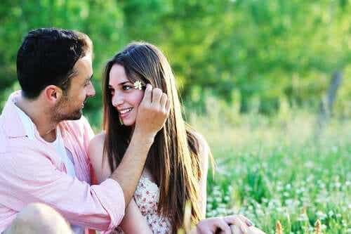 Viisi syytä siihen, miksi rakastumme