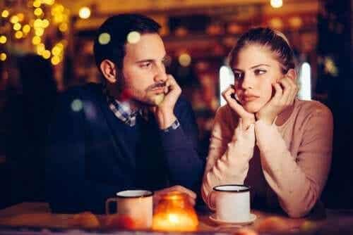 Onko tylsyys parisuhteessa normaalia?
