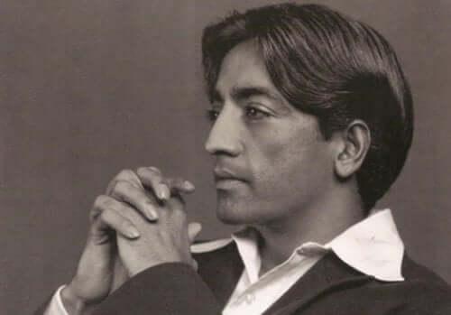 Jiddu Krishnamurti oli 1900-luvun tärkeä spirituaalinen johtaja