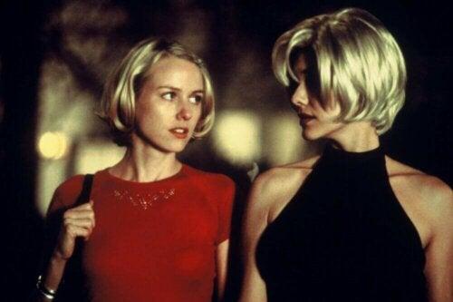 Kaikista hyveistä ja onnistumisista huolimatta monet katsojat ja kriitikot eivät kykene sulattamaan Lynchin Mulholland Drivea ollenkaan