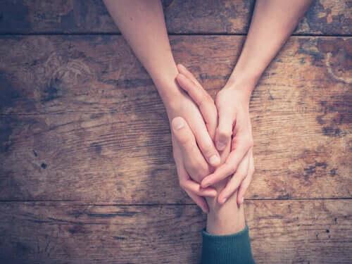 Kognitiivisen ja affektiivisen empatian testi on erittäin luotettava ja hyödyllinen instrumentti yli 16-vuotiaiden ihmisten arvioinnissa