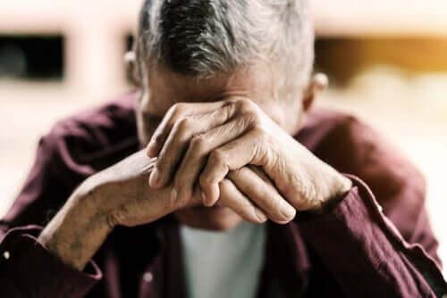 Auringonlaskusyndrooma vanhoilla ihmisillä