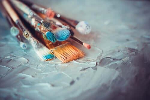 Tärkeintä on, että käytämme taidetta tapana ilmaista itseämme oli se sitten klassisen taiteen puitteissa tai uusien taiteiden maailmassa