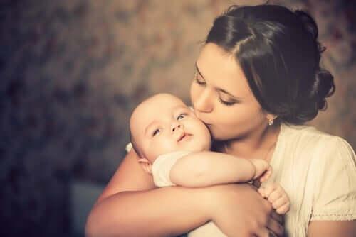 Äitiyden tuomat muutokset