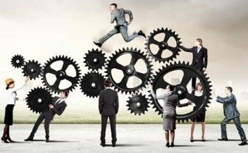 7 sosiaalista syntiä: yksi niistä on se, ettei tee työtä.