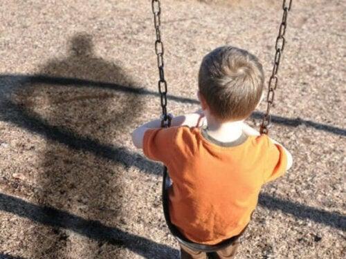 Lapsuudessa kärsitty väkivalta on laajasti puhuttu teema niin psykologien, neurologien kuin psykiatrien keskuudessa