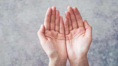 Gerstmannin oireyhtymä: kyvyttömyys tunnistaa sormet