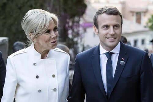 Macron vaimoineen.