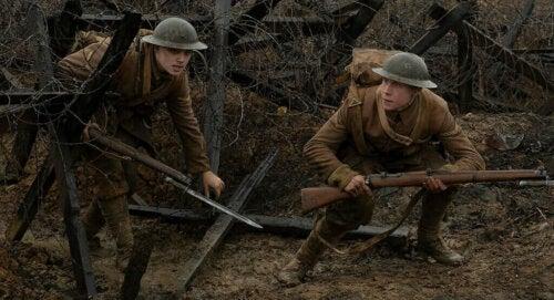 Taistelulähetit – 1917 kertoo tarinan kahdesta Ison-Britannian armeijan rivisotilaasta, joiden on välitettävä viesti toiselle joukolle välttääkseen joukkomurhan vihollisen käsissä
