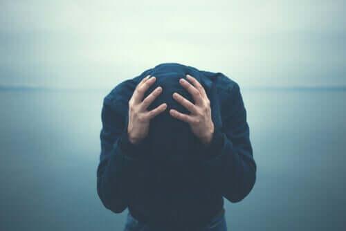 Paniikkikohtauksia voi esiintyä minkä tahansa ahdistuneisuushäiriön tai muun mielenterveyshäiriön taustalla