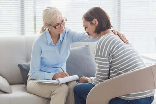 Monista ammateista juuri psykologian alalle päätyy naisia huomattavasti miehiä suuremmalla prosentilla