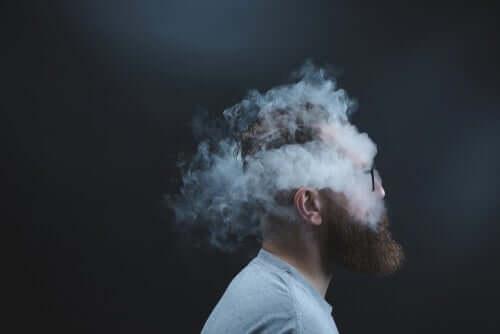 Nikotiini on erittäin addiktoiva aine, ja siitä luopuminen vaatii suuria ponnisteluja ja psykologista valmistautumista