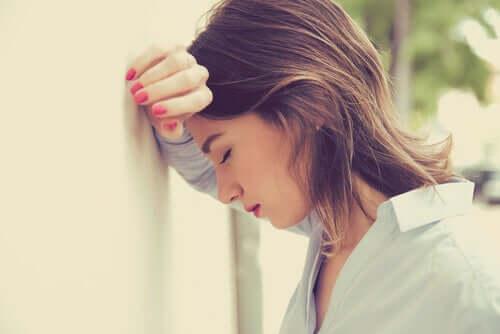 Työpaikkakiusaamisen vaikutukset voivat yltää vuosikausien päähän työpaikan jättämisestä ja laukaista uhrilla traumaperäisen stressihäiriön