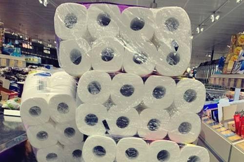 Miksi ihmiset ostavat paniikissa WC-paperia koronaviruskriisin aikana?