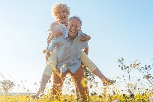 Voidaanko ihmisen ikääntyminen pysäyttää?