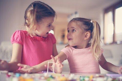 Empatian kehittyminen lapsuudessa