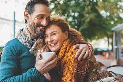 Rakastuminen yli 50-vuotiaana on kuin korkealentoinen seikkailu