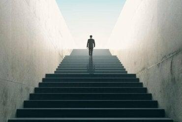 Yerkes-Dodson -laki: suoriutumisen ja vireystilan välillä on suora yhteys