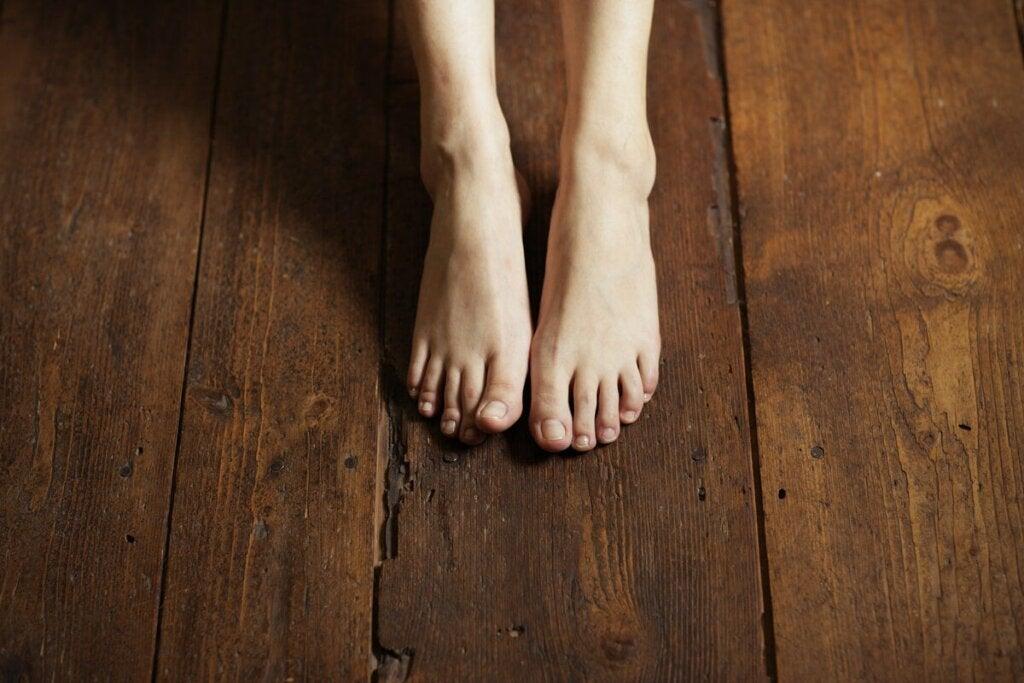 Grounding-harjoitus tehdään aina paljain jaloin