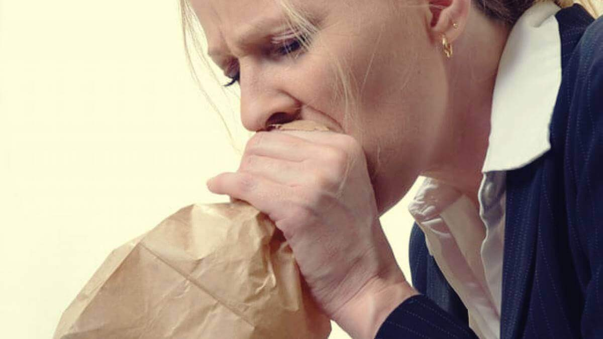 Moni meistä ei tiedä, että hyperventilaatio ja ahdistus sekä niihin liittyvät fysiologiset oireet kulkevat usein käsi kädessä