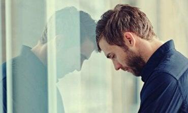 Miksi ahdistuneet ihmiset tuntevat olonsa niin väsyneiksi?