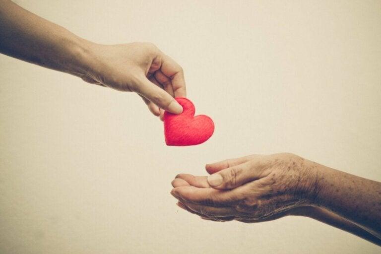 Autammeko muita empatian vai ahdistuksen takia?