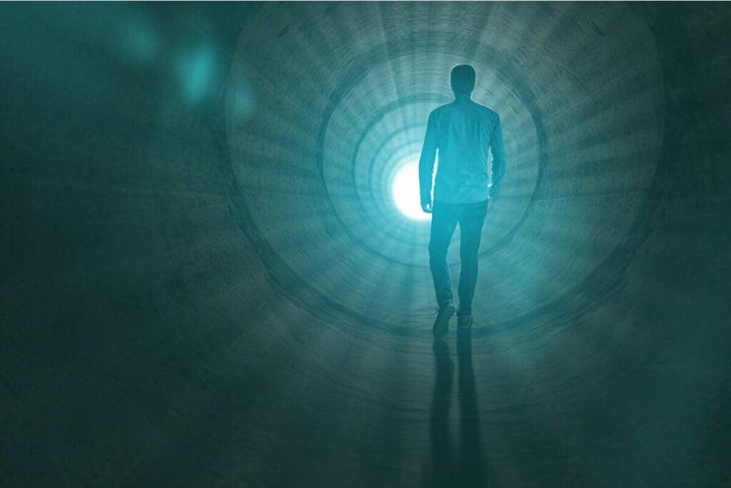 Lääketieteellisen näkemyksen mukaan ihmisten kokemat kuolemanrajakokemukset ovat vain hallusinaatioita