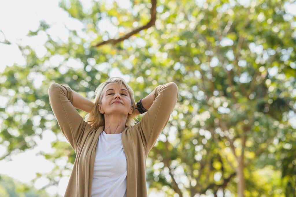 Ymmärtääksemme, miksi luonto vapauttaa meidät stressistä, meidän on kiinnitettävä huomiota ympäristötekijöihin