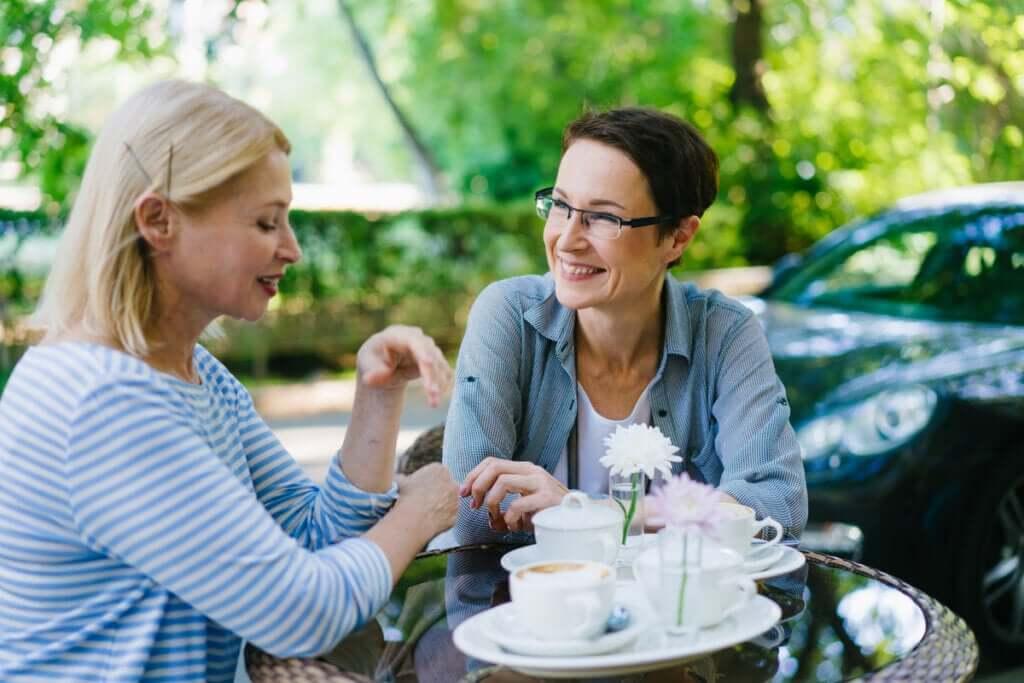 Kuinka löytää ystäviä aikuisiällä?