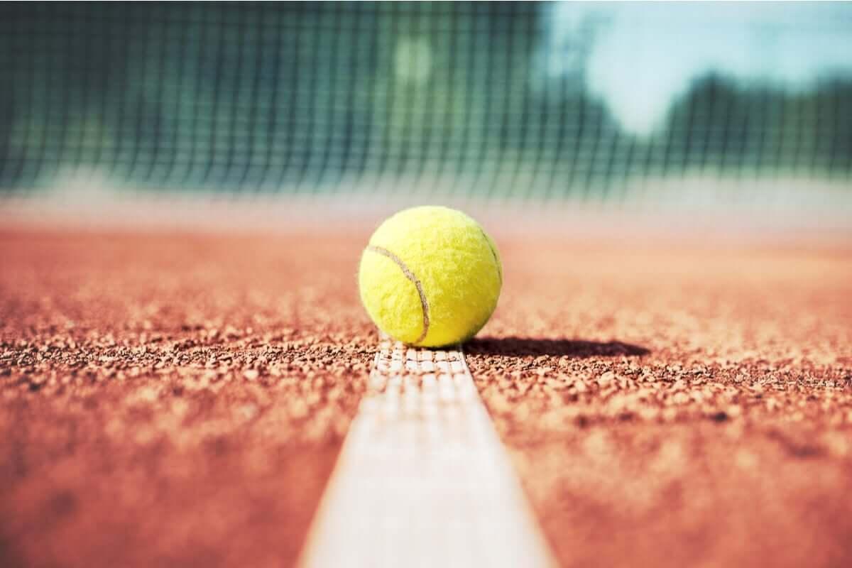 Psykologisten taitojen merkitys tenniksessä on tänä päivänä entistä ratkaisevampi ja tärkeämpi