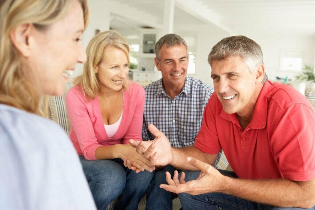 Kuinka löytää ystäviä aikuisena? Pidä mieli avoinna.