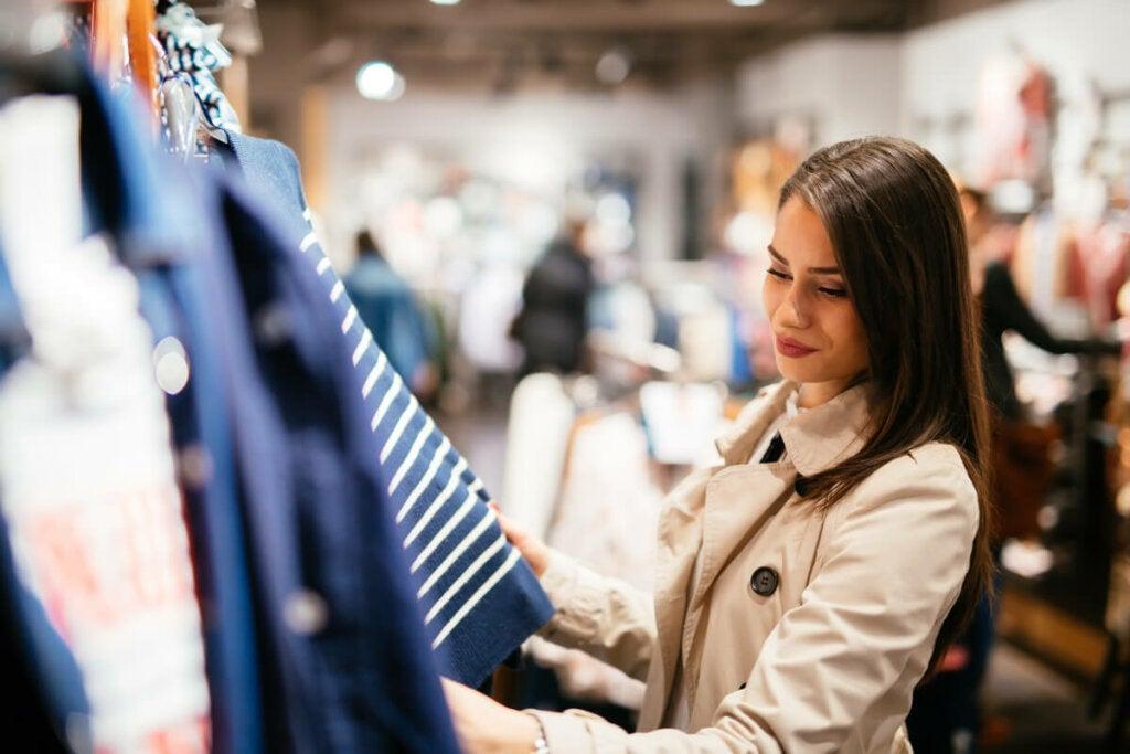 Vaatekauppojen ja myymälöiden musiikki vaikuttaa tunnelmaan, mikä puolestaan vaikuttaa tekemäämme ostopäätökseen